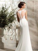 19972ca896 testhez símuló menyasszonyi ruha